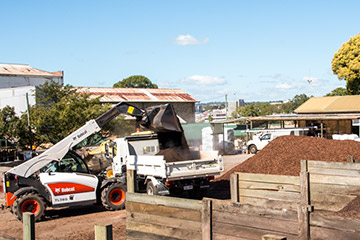 Toowoomba Landscape Supplie can deliver your landscape requirements.